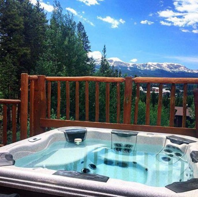 Hot tub with views for days