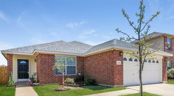 South Fort Worth Rental Split