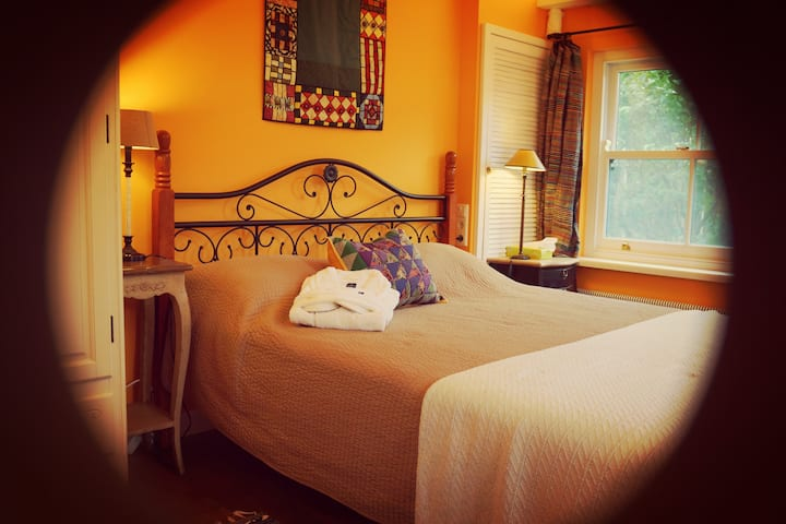 Villa M Bed & breakfast
