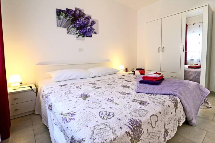 spavaća soba I