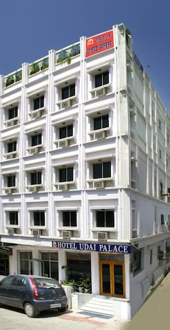 A budget hotel with luxurious & comfort stay.