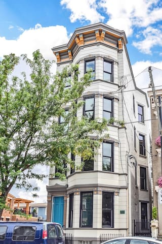 Beautiful Condo in the Heart of OTR with parking