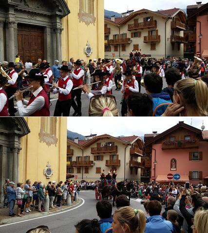 Sfilata della banda comunale di Pinzolo