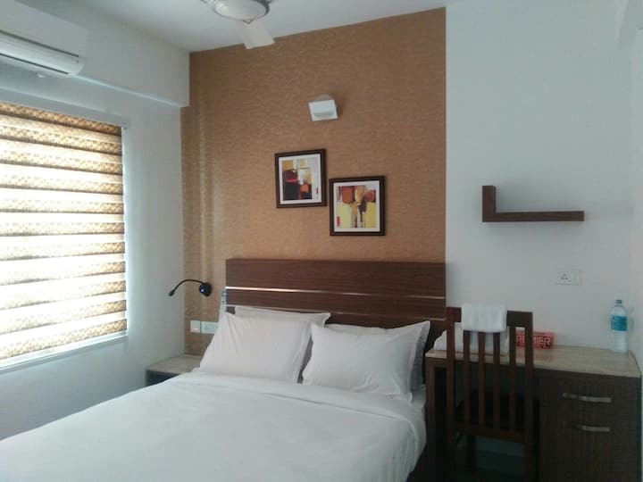 Adams Holiday Apartments 2BHK