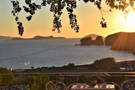Villa with Amazing Sea View