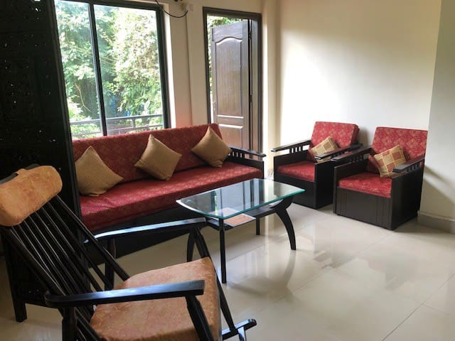 Cozy 1 Bedroom Apartment in Safe Complex with Pool