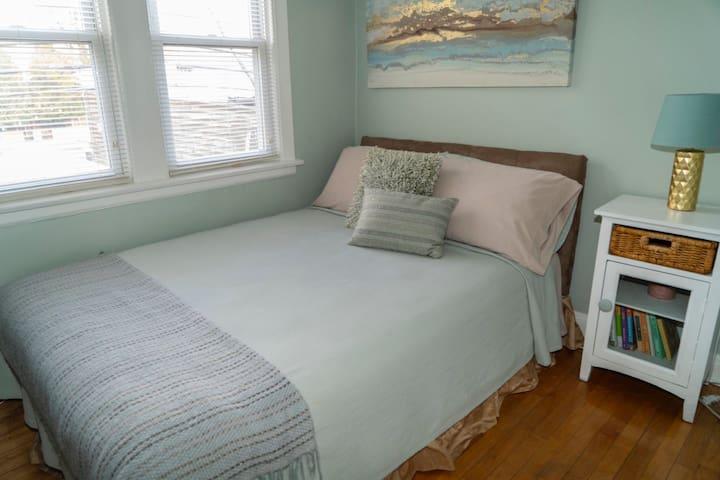 Bedroom #2 Queen