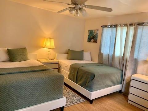 Comfortable clean & accessible MIAMI VISITOR SPOT.