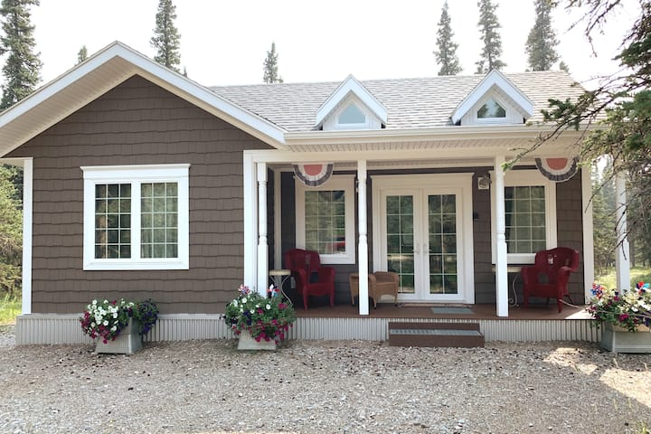 TimberBerry Cottage near Denali National Park