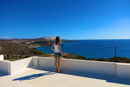 Double Room in villa with a stunning sea view - Milos