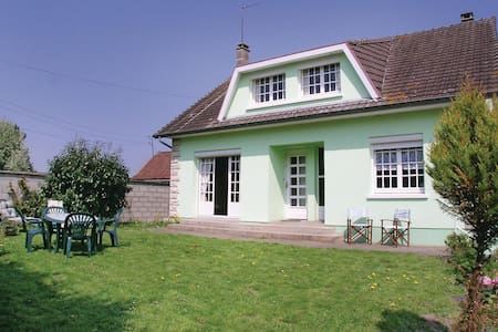 Holiday cottage with 2 bedrooms on 100m² in Toeufles