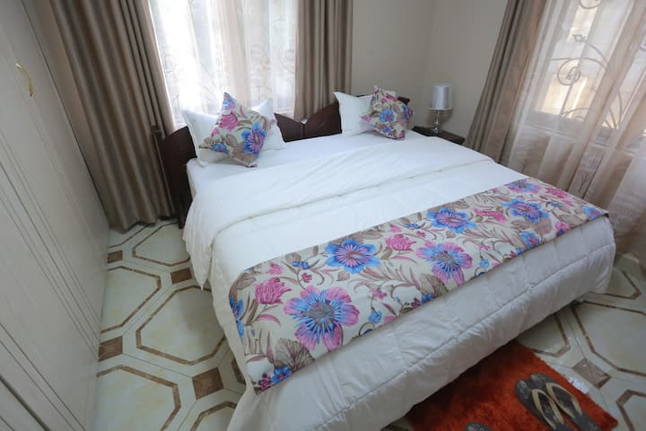 Mbarara Room at Precious Villas Lubowa
