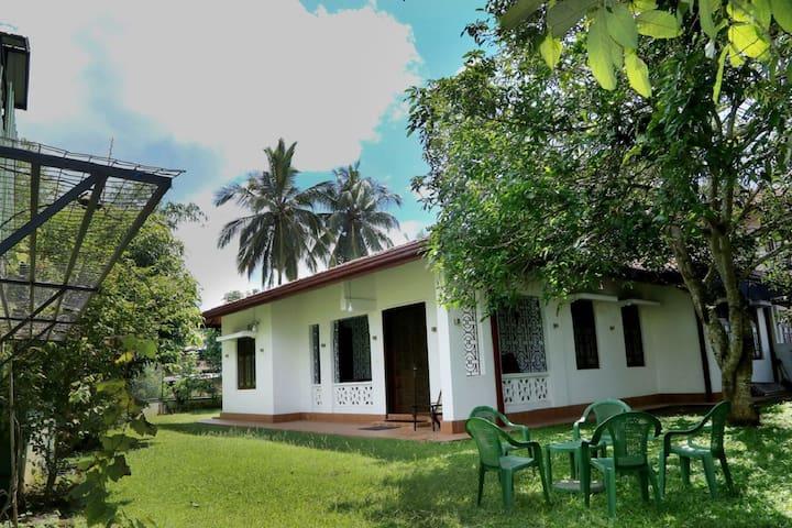 Kandy Holiday Villa