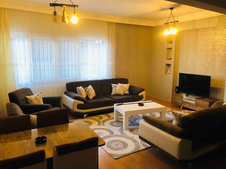 İzmirin en gözdesi alsancakta komple ev