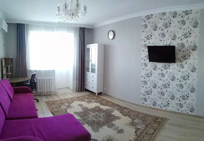 Comfy apartment not far from EXPO and Bayterek