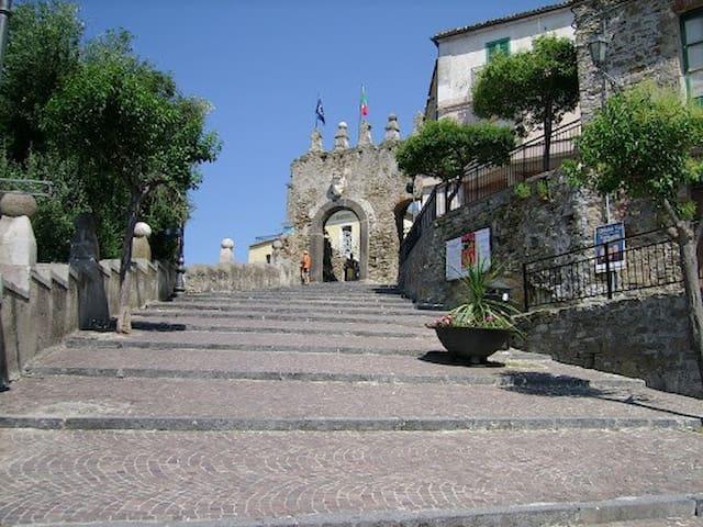 Grazioso bilocale in centro storico - Agropoli - Apartament