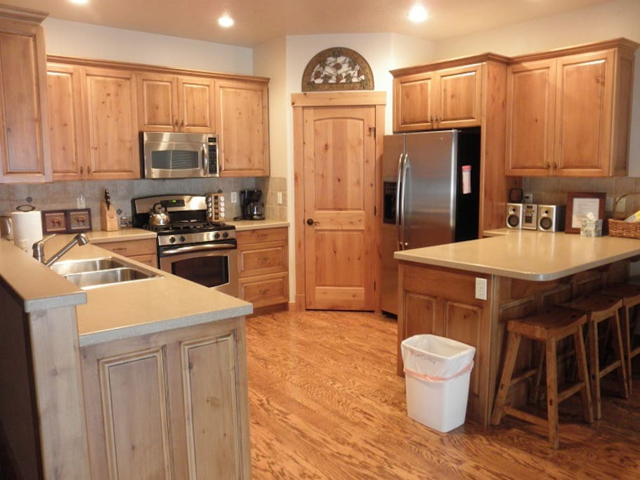 Enough room for two cooks in the kitchen