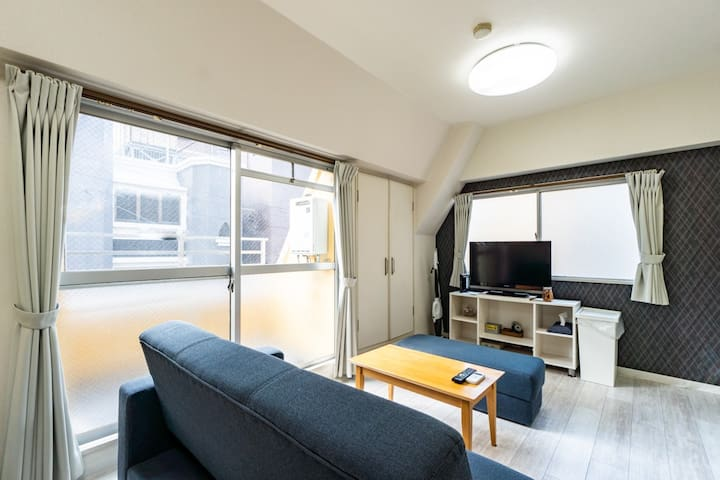 Private Apt!Best location in Namba!