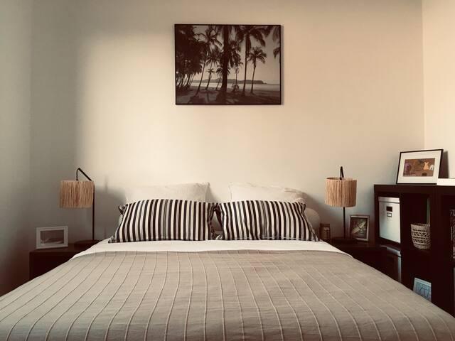 jolie chambre dans Maison bois