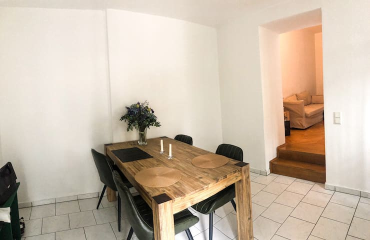 Shared Cozy Apartment in Glockenbach next to Isar