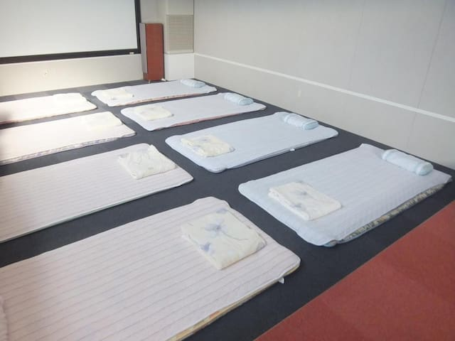 Single Futon in Female Dormitory Room