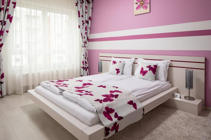 Brasov Holiday Apartments - Butterfly