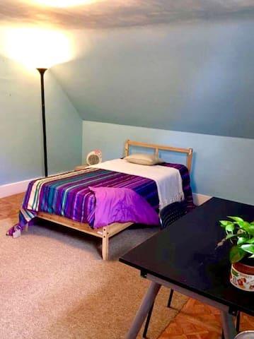 Hostel Style Spacious Attic Room