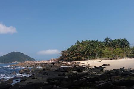 Casa na praia toque toque grande