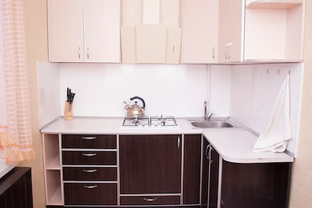 2 х комнатная квартира с верандой - Zaporizhzhia - Wohnung