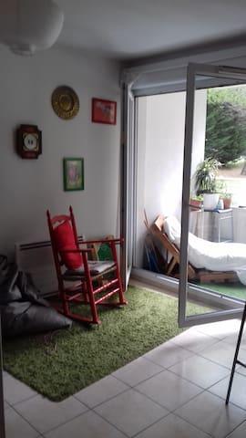 Appartement avec parc et piscine Montpellier. ..