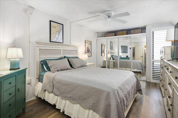 Bedroom angle 4