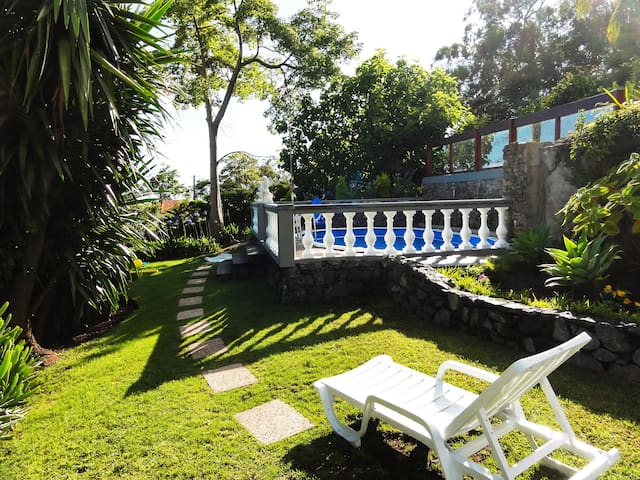 Pool Villa with Botanical garden - Funchal - Casa