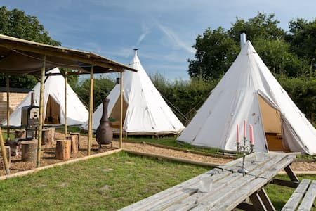 Wild Harvest Tipis and Activities - Tipi