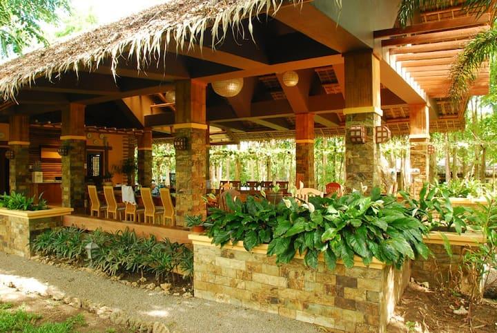 Private Sanctuary near the beach