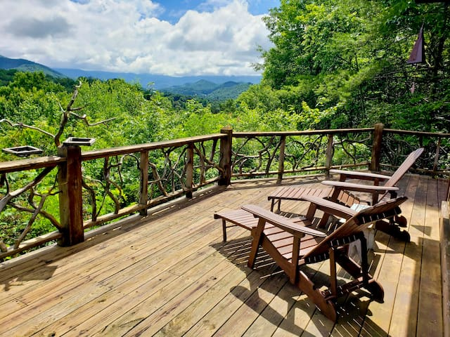 Heavenly View North Carolina Mountain Cabin
