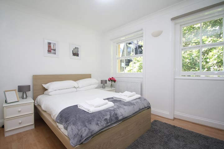 Bloomsbury Central Apartments  F6