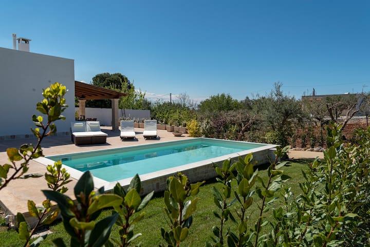 Terramarique  Pool & Guest House