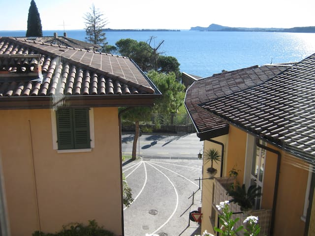 ANTONIA GIRARDI APPARTAMENTO GRANDE - Gardone Riviera - Apartamento