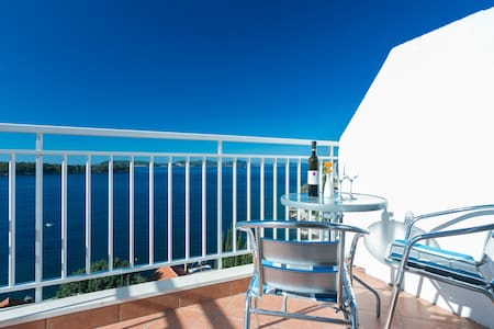 Charming sea view apartment 4 - Dubrovnik - Huoneisto