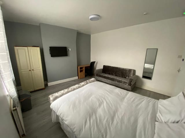 Spacious and comfortable accommodation