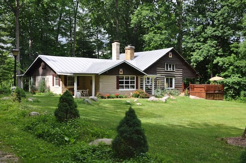 Brown County Indiana Log Cabin Vacation Home