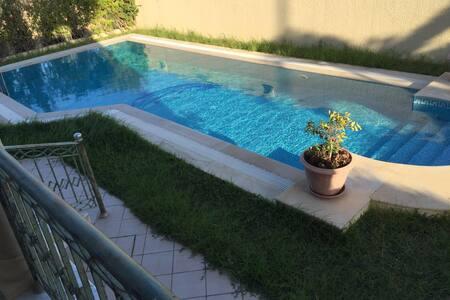 Villa calme et ensoleillée idéal pour l'été - Monastir - Villa
