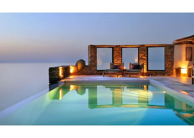 Villa CarpeDiem: sea & sunset view in Kea island - Melissaki