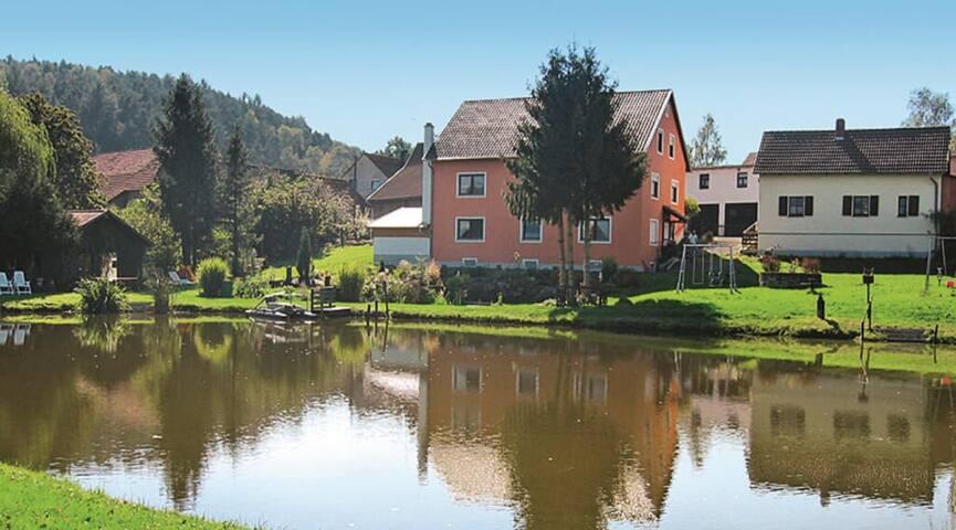 Ferienhof Fischer (Neunburg vorm Wald), Familienfreundliches Ferienhaus (70 m²) auf einem Hof