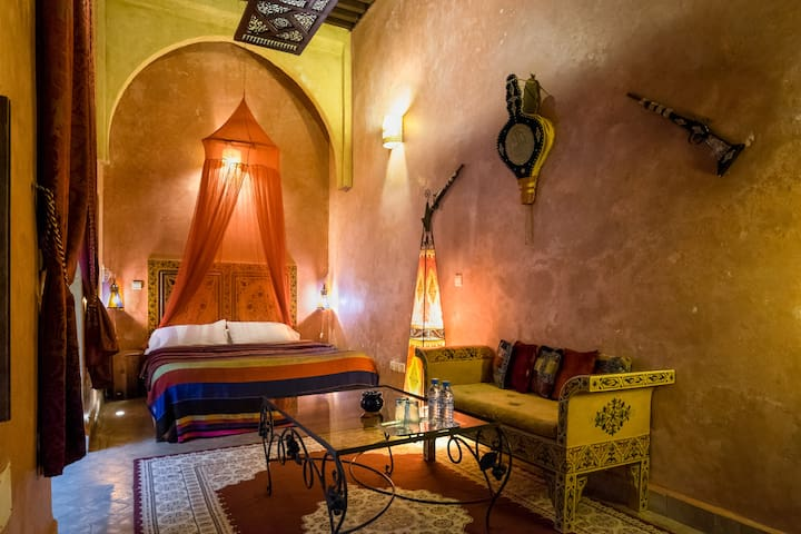 "Suite Jasmin  "" Riad Marlinea """