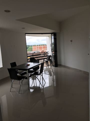 Cómodo apartamento centro Quimbaya - Quimbaya - Daire