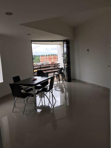 Cómodo apartamento centro Quimbaya - Quimbaya - Flat