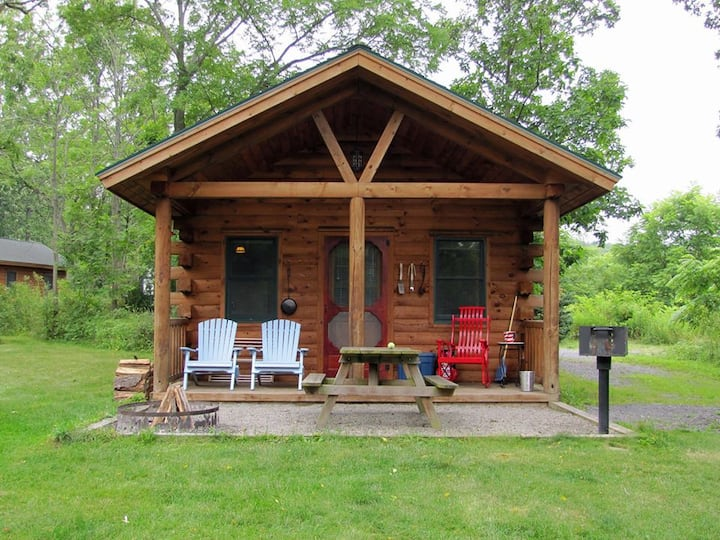 Aspen Cabin - 2BR with kitchen, pet-friendly