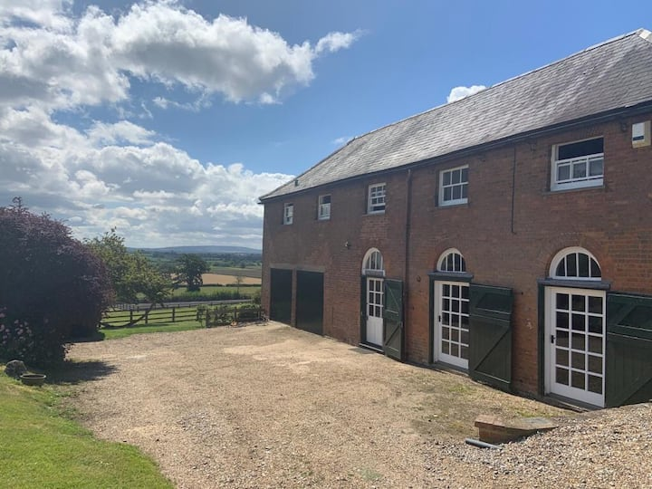 Idyllic Coach House - rural Buckinghamshire