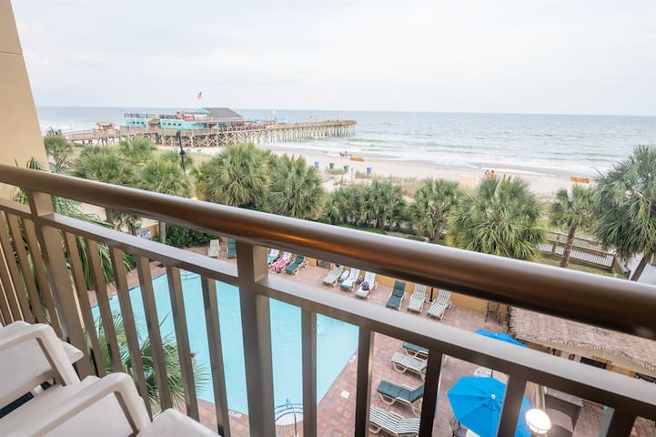 ⭐ LOW FLOOR Direct Ocean View Holiday Pavilion - Centrally Located
